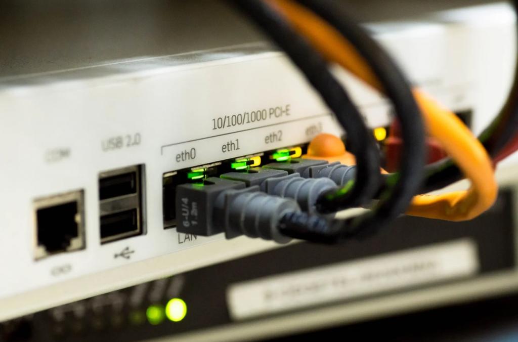 複合機を回線に繋げる理由は?LINEポートとTELポートの特徴は?